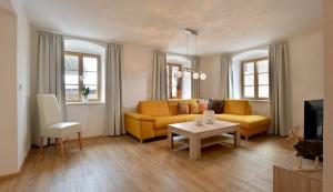 Ferienwohnung-Jaegerhaus-Elisabeth-Ager-Schmalzgasse-1-Wohnzimmer